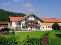 Ferienwohnung 1357250 für 5 Personen in Inzell