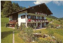 Semesterlägenhet 1359153 för 4 personer i Aschau im Chiemgau-Sachrang