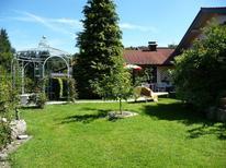 Ferienwohnung 1359576 für 4 Personen in Siegsdorf