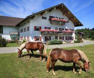 Ferienwohnung 1359619 für 5 Personen in Siegsdorf