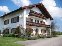 Ferienwohnung 1359649 für 5 Personen in Teisendorf