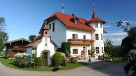 Ferienwohnung 1359688 für 2 Erwachsene + 1 Kind in Traunstein