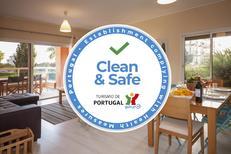 Appartement 1360747 voor 6 personen in Portimão