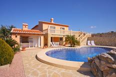 Villa 1362509 per 8 persone in Teulada
