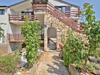 Appartement 1362891 voor 6 personen in Valica