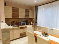 Appartement de vacances 1363184 pour 6 personnes , Velence