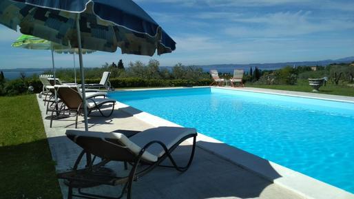 Gemütliches Ferienhaus : Region Gardasee für 8 Personen