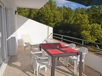 Ferienwohnung 1363745 für 5 Personen in Llanca