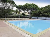 Ferienhaus 1363748 für 4 Personen in Narbonne-Plage