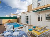 Ferienhaus 1363759 für 8 Personen in Pêra