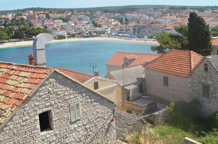 Für 6 Personen: Hübsches Apartment / Ferienwohnung in der Region Primosten