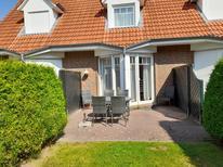 Ferienhaus 1364748 für 4 Erwachsene + 1 Kind in Dornumergrode