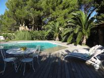 Ferienwohnung 1364986 für 2 Personen in Roquefort-la-Bédoule