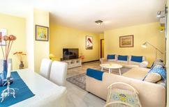 Appartement 1366882 voor 6 volwassenen + 2 kinderen in Marbella