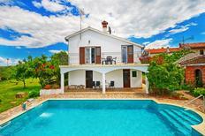 Casa de vacaciones 1367074 para 10 personas en Basarinka