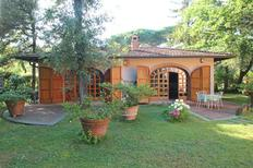 Villa 1367077 per 5 persone in Marina dei Ronchi