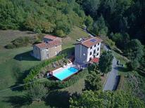 Vakantiehuis 1367340 voor 10 personen in Prunecchio