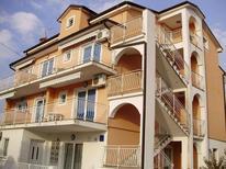 Ferienwohnung 1368239 für 3 Personen in Kastanija