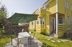 Ferienhaus 1368528 für 4 Erwachsene + 1 Kind in Wiek