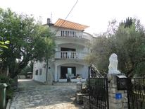 Holiday home 1368938 for 10 persons in Zambratija
