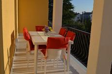 Holiday apartment 1369456 for 5 persons in Diklo