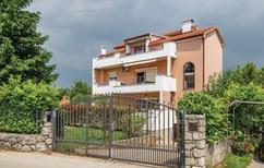 Ferienwohnung 1369484 für 5 Personen in Marinići