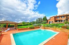 Ferienhaus 1369650 für 10 Personen in Casamaggiore