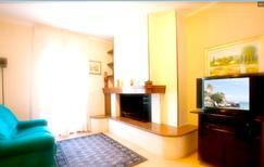 Ferienwohnung 1369923 für 8 Personen in Melendugno