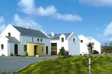 Holiday home 1370018 for 6 persons in Achill Sound