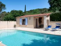 Villa 1370196 per 6 persone in Villelaure