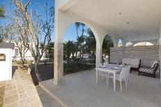 Appartement 1370596 voor 6 personen in Punta Prosciutto