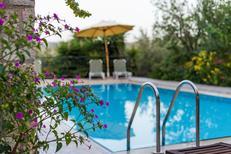 Ferienhaus 1370686 für 10 Personen in Douliana
