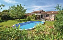 Holiday home 1370784 for 10 persons in Pernes-les-Fontaines