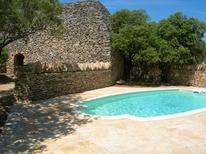 Holiday home 1371803 for 6 persons in Gordes