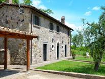 Maison de vacances 1371864 pour 6 personnes , Sermugnano