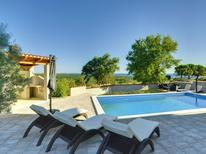 Rekreační dům 1371978 pro 4 osoby v Barbariga