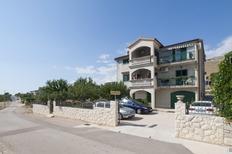 Appartement de vacances 1372027 pour 4 personnes , Grebastica