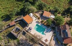Ferienhaus 1372143 für 8 Personen in Punta Kriza