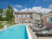 Villa 1372319 per 10 persone in Klarici