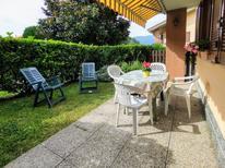 Appartement 1372577 voor 4 personen in Porto Valtravaglia
