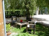 Holiday apartment 1372681 for 2 persons in Latresne