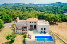 Holiday home 1372999 for 7 persons in Gallos by Rethymnon