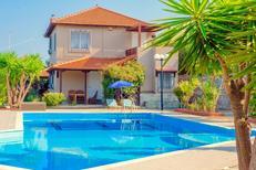 Ferienhaus 1373019 für 6 Personen in Agia Pelagia