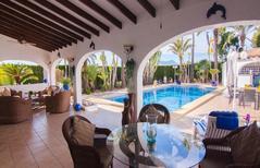 Villa 1373419 per 10 persone in Teulada