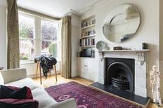 Villa 1374884 per 8 persone in London-Hounslow