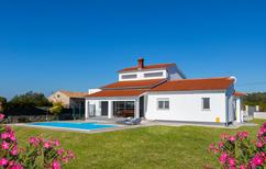 Ferienhaus 1375721 für 8 Personen in Galižana