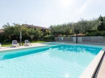 Mieszkanie wakacyjne 1375758 dla 4 osoby w Garda