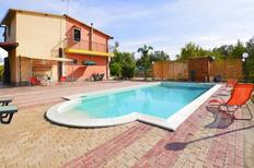 Holiday home 1376055 for 6 persons in Floridia