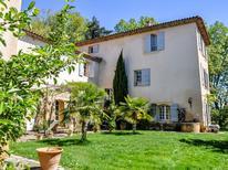 Casa de vacaciones 1376077 para 12 personas en Aix-en-Provence