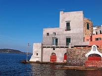 Semesterlägenhet 1376092 för 5 personer i Ischia Ponte